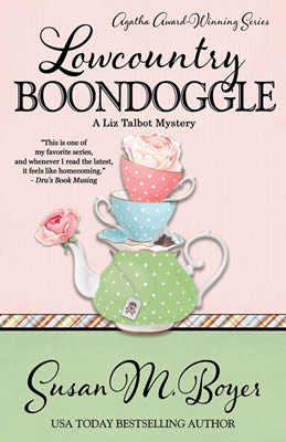 Lowcountry Boondoggle: A Liz Talbot Mystery